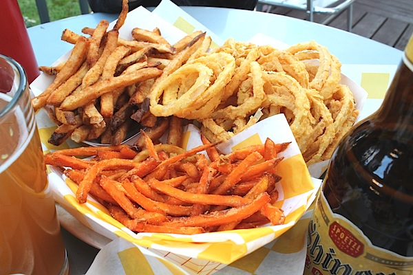 Sweet potato fries, Onion Rings, Shoe string fries