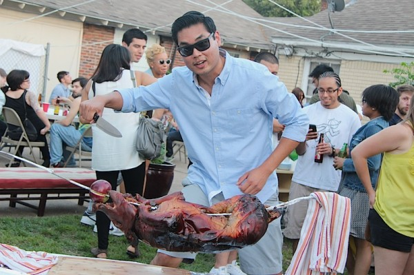 carving pig roast