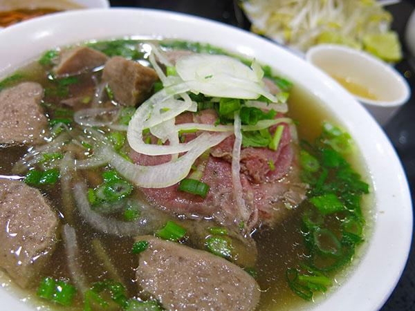 beef steak and meatball pho